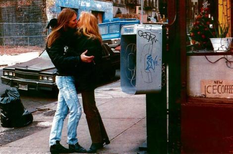 Dis – en historie om kjærlighet (1995) av Aune Sand.