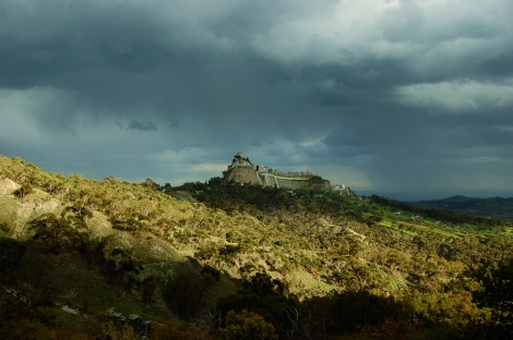 «Landsbyen på toppen av fjellet» (2010) av Michelangelo Frammartino. Foto: Filmweb.